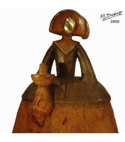 Escultura Menina Grande de Velazquez III