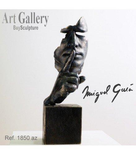 Escultura Calma y Silencio en bronce azul